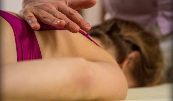 Blokace-patere-cviky-fyzioterapie-Bebalanced