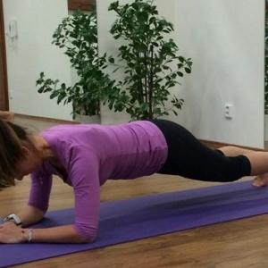 Pozor! Cvičení na core lze provádět i bez jeho zapojení