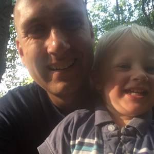 Rodičovská dovolená jako možnost transformace pro muže