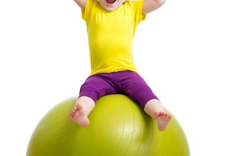 Cvičení dětí 1,5 – 3 roky s rodiči a s fyzioterapeutem
