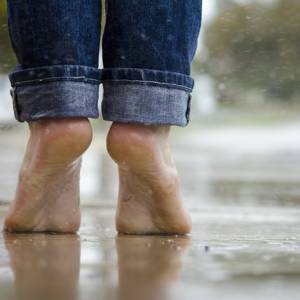 Barefoot VS Footwear – in walking and running